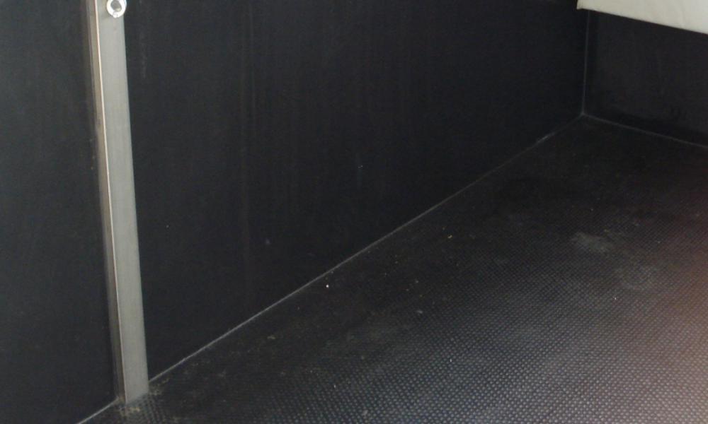 Rubber antislip hamerslagprofiel vloer